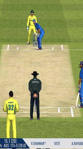 Real Cricket2